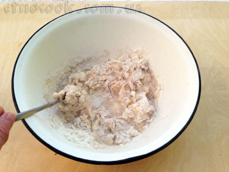 5-рецепт-справжні-українські-вареники-замішуємо-тісто-кулінарний-блог-Etnocook