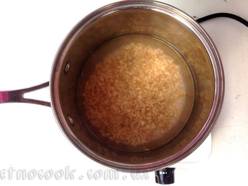 5-перлова-крупа-замочуємо-у-теплій-воді--рецепт-етнокук